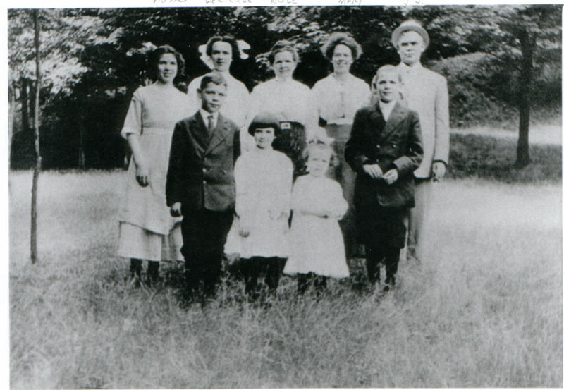 McCarroll Family Picture - 1920's Front Row: Francis - Grace - Alice - James Back Row: Agnes - Gertrude - Rose (Mother) - Alice - James (Father)
